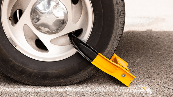 vehicle wheels clamped