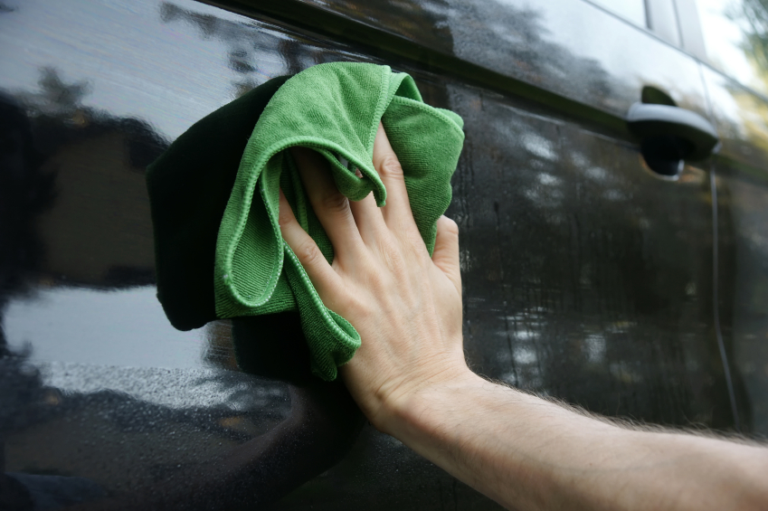 towel drying car